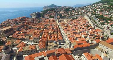 vista aérea dos telhados vermelhos da cidade velha de dubrovnik