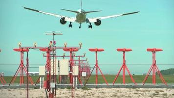 Landung einer großen Jet-Fluggesellschaft.