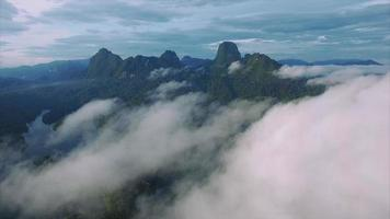 ban wang khon, surat thani, through clouds, island, moving foward video