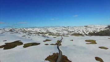 Luftaufnahme der malerischen Route Aurlandsfjellet in Norwegen.