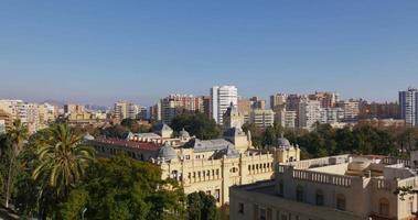 Málaga ciudad soleada vista superior de la universidad 4k
