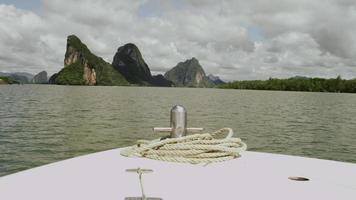 iate, mar, paisagem, velocidade e respingos de água, alimentação de barcos