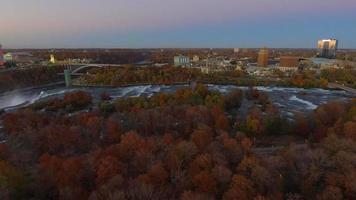 imágenes aéreas de las cataratas del niágara video