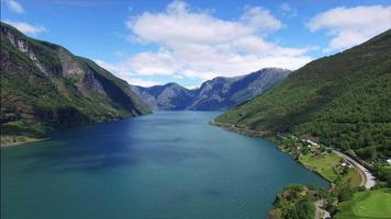 fjor na Noruega do ar. video