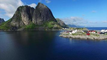 voando nas ilhas lofoten na noruega video