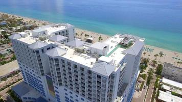 hoteles frente al mar hollywood beach fl video