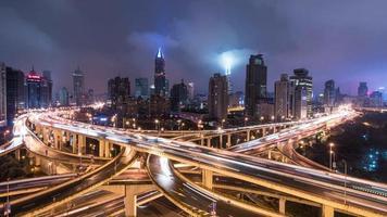paisaje nocturno de la ciudad de shanghai, lapso de tiempo de 4 k video