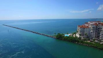 riprese aeree di fisher island miami