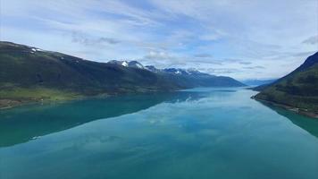 fiordo di Lyngen in Norvegia dall'aria