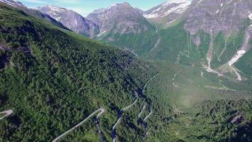 norvegese strada di montagna panoramica gaularfjellet, veduta aerea