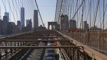 USA sonnige Zeit New York Brooklyn Bridge Verkehrsansicht 4k