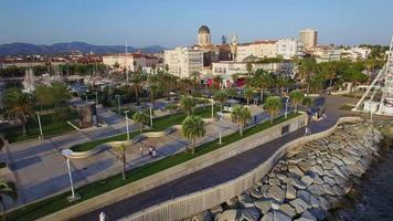frança, var, saint raphael, porto antigo, quai albert 1er (vista aérea) video