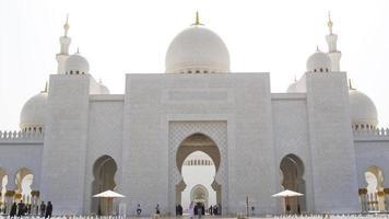 moschea principale fuori vista ingresso 4K Emirati Arabi Uniti