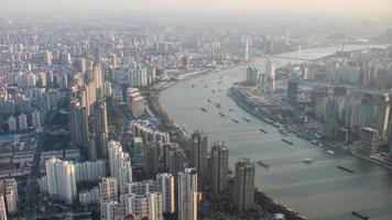 lapso de tempo 4k da paisagem urbana de Xangai