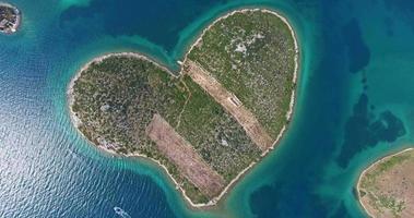 Luftaufnahme der Insel Galesnjak, Insel der Liebe, Kroatien