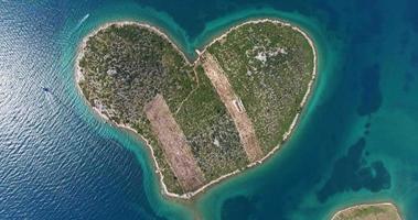 vista aerea dell'isola di galesnjak, croazia