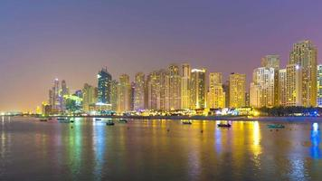 uae veilleuse dubai marina city bay panorama 4k jbr time lapse