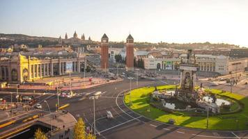 Sonnenuntergang Licht Placa de Espana Kreisverkehr 4k Zeitraffer Barcelona video