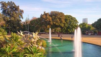 Spanien Barcelona Sonnenlicht Ciutadella Park Brunnen Panorama 4k Zeitraffer