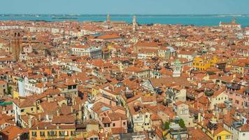 italia estate giorno venezia città famoso san marco campanile panorama paesaggio urbano aerea 4k lasso di tempo