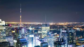vida ligera de la noche de la hermosa ciudad de nueva york 4k lapso de tiempo video