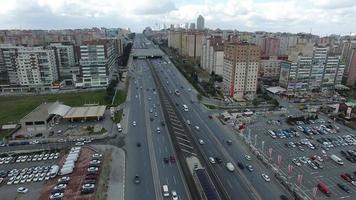 città e autostrada, istanbul, turchia