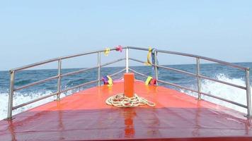 barca da pesca sul mare video