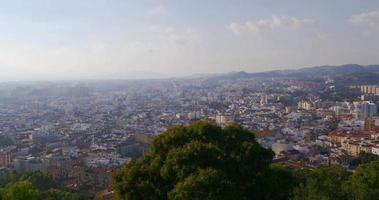 4k malaga city center top tree view panorama dia ensolarado