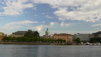 italia estate sera famoso lago como città molo panorama 4K video