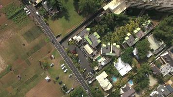 Fliegen über Wohngebiet Mauritius Insel