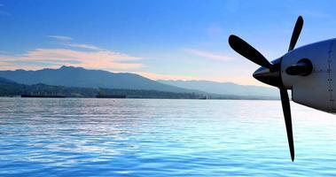 motor de avión de aire de hélice, hidroavión, norte de Vancouver, British Columbia video