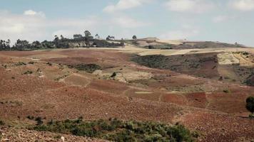 panorama del paesaggio agricolo di montagna