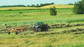 Landwirtschaft und Mähdrescher, Feld, Deutschland