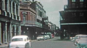 1959: new orleans bourbon street, jackson square e mausolei del cimitero delle cripte di pietra.