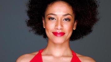 glamourosa elegante senhora afro-americana video