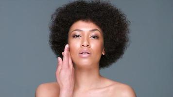 seductora hermosa mujer afroamericana video