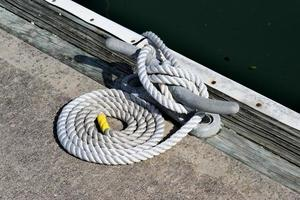 Mooring and white rope