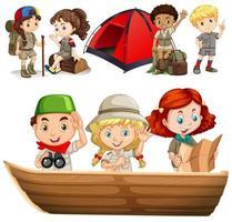 Jungen und Mädchen mit Campingausrüstung vektor