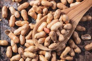 Peanuts in shell