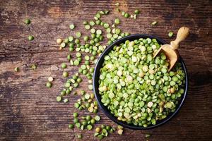 Green split peas photo