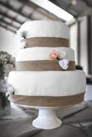 Burlap Cake photo