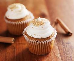 cinnamon chai cupcakes photo