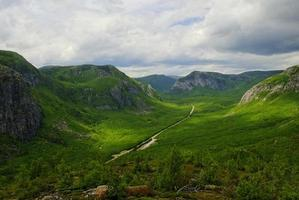 valle de las montañas foto