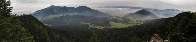 view from Tlsta hora above Komjatna
