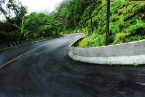 estrada curva