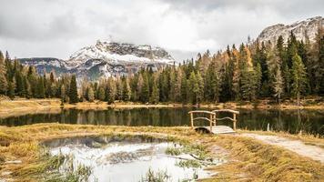 lago misurina en los dolomiti