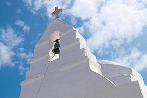Antigua iglesia de panagia paraportiani en la isla de Mykonos en Grecia foto