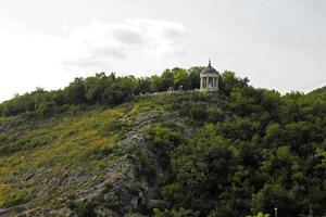 harpa de éolo no verão. marcos e monumentos de pyatigorsk