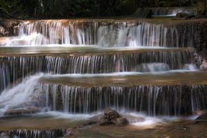 cascada de agua huai mae khamin 2
