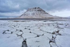 montaña kirkjufell foto